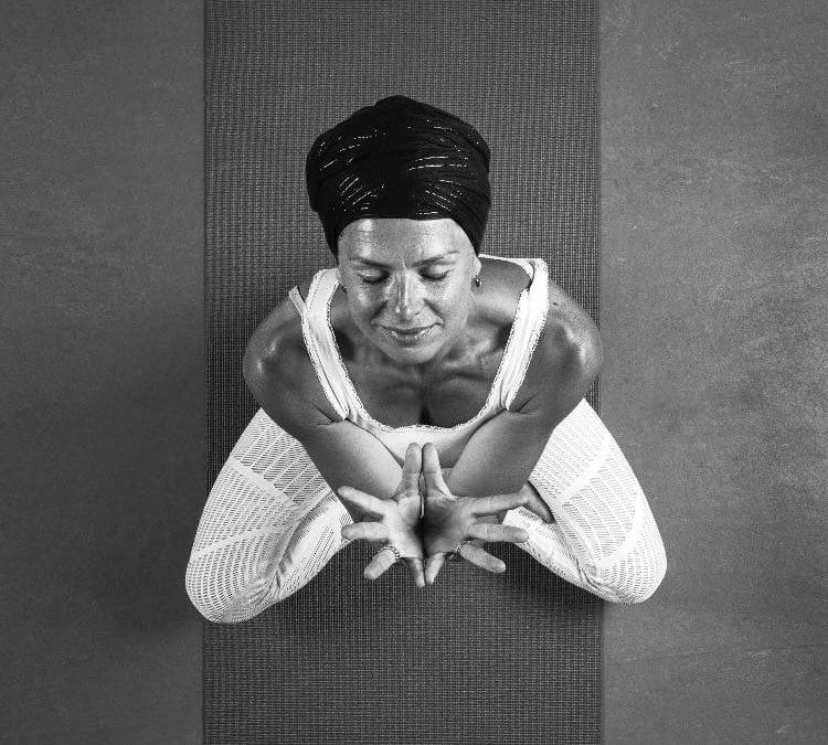 Het effect van kundalini yoga in 3 regels